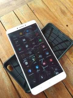 Xiaomi Mi Max 3 / 32