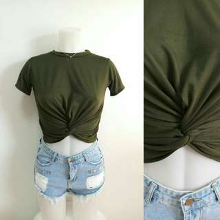 Brandnew army green twisted crop top