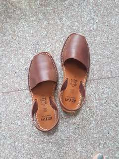 Ria brown sandals - Size 37