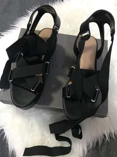 Charles & Keith wedge sandal gladiator black come with box and paperbag