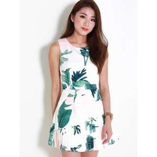 BNWT Leline Style Cilla Floral Pleats Dress - M
