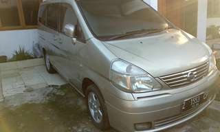 Nissan serena Highway star thn 2004