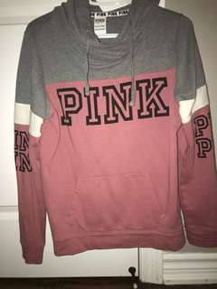 Pink sweater - small