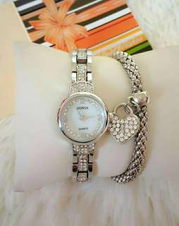 WOMAN WATCH