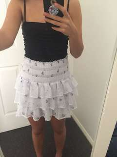 Floral frilly skirt