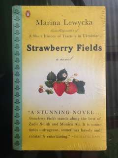 Marina Lewycka - Strawberry Fields
