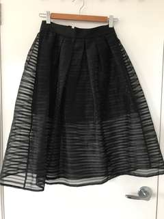 Black midi skirt - size S