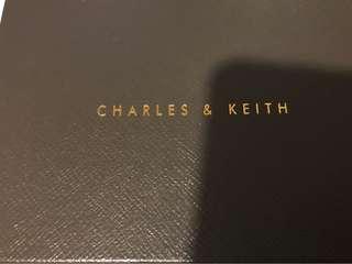 Charles & Keith 小手袋