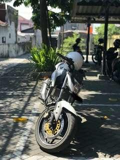Honda CB 150R ready on the road