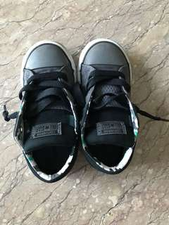 Boys Shoes : conversation all stars boy shoes