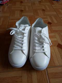 White sneakers from zalora