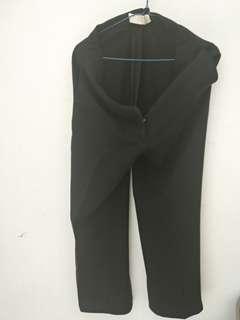 Celana hitam kerja