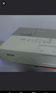 Epson-822 projector