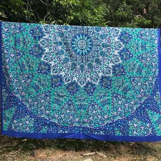 Tapestry mandala queen