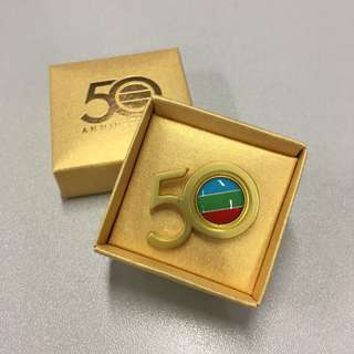 (包郵) TVB 無綫電視 50周年紀念襟章 (TVB 50th Anniversary)