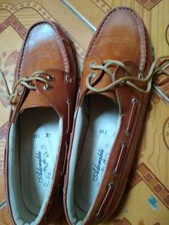 Preloved sepatu adorable projects