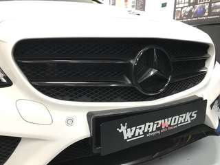 Mercedes grille wrapped & dipped!