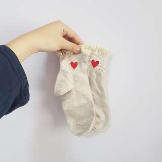 ulzzang/harajuku cream heart ruffle socks