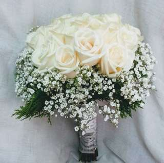 Bridal Bouquet | White Roses | Babybreath