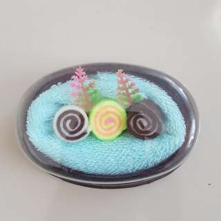 Small Cake Towel