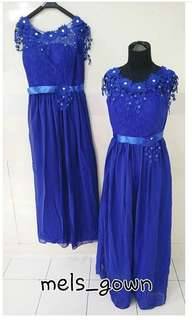 Gaun pesta biru elektrik