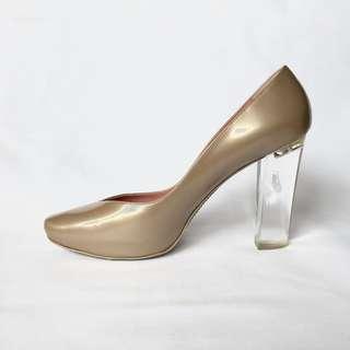 Eileen Shields Sz 40 Heels