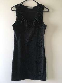 Dress - fitted ruffle neck