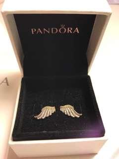 Pandora earring (brand new, full set with receipt)