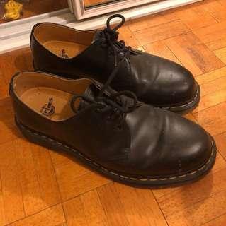 Dr Martin 3 eye shoes