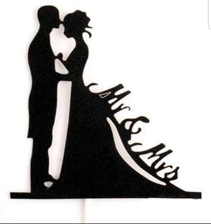 Mr Mrs wedding cake toppers/Props