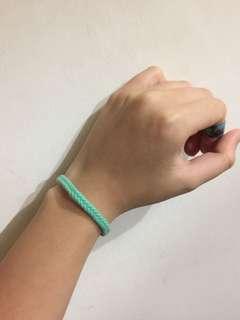 正版Hollister湖水綠色手繩