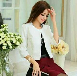 🚚 全新  白色七分袖外套+短裙 套裝