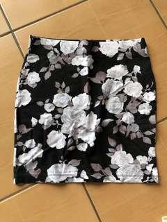 F21 BLACK floral skirt