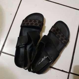 Sandal Motif Macan Hitam