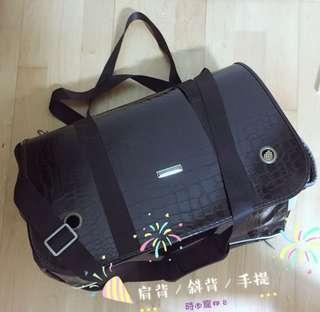 🚚 黑色 三用式寵物包外出袋