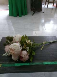 Almost new fake flower bundle