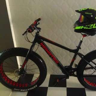 Monster demon fat bike
