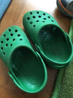 crocs clogs c4-5