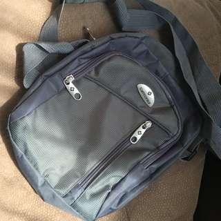 Samsonite Sling/Body Bag free sf within metro manila