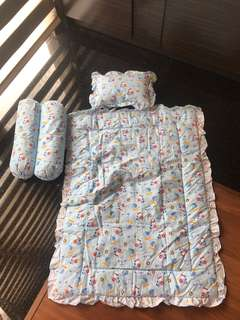 Set Kasur Bayi (baby bed cover, selimut, guling, bantal)