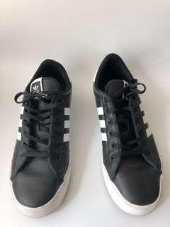 Adidas 波鞋 休閑鞋
