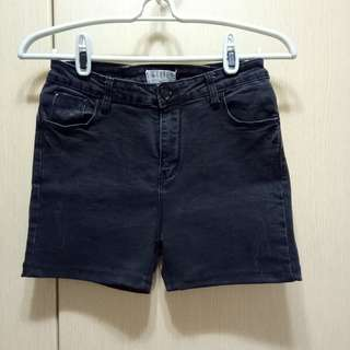 【降售】黑色 牛仔 短褲 女 L