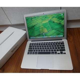 """【出售】Apple MacBook Air 13"""" 筆記型電腦 公司貨 盒裝完整 9.5成新"""
