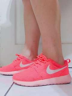 Nike正版螢光橘運動鞋