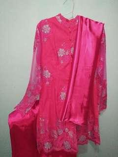 Setelan Kebaya Brokat Pink Fanta