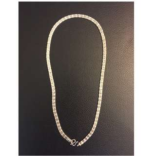 Silver necklace 16in