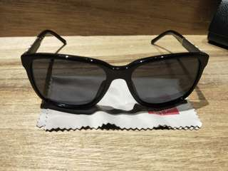 5a87e116395a sunglasses burberry authentic