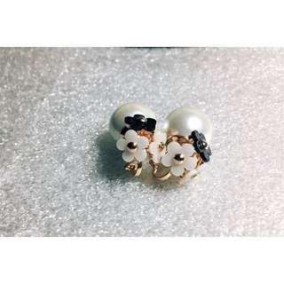 全新 小雛菊珍珠耳環