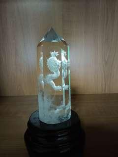 白水晶龙柱