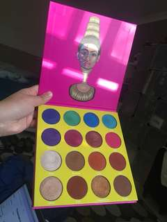 Juvia's place the masquerade palette